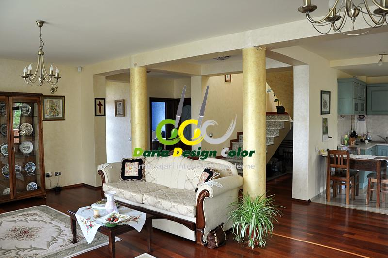 interioare-moderne-living-coloane-cu-ATF-Perlescente